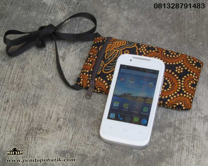 Souvenir Nikah 2014 : Dompet HP Android Batik