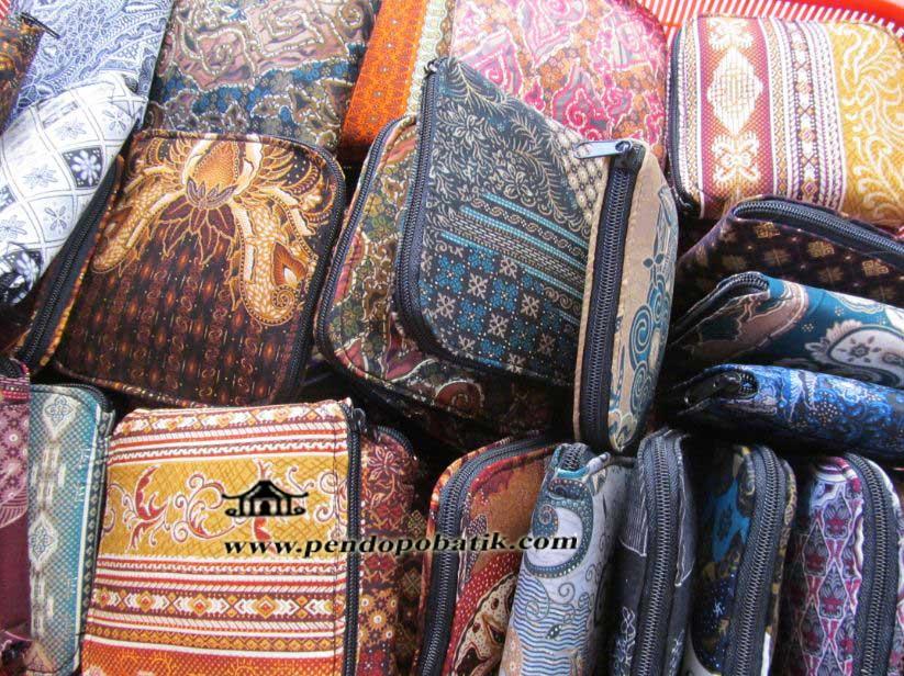 Souvenir Nikah Tas Dompet Lipat Batik